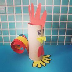 Knutselen voor Pasen: de leukste ideeën. Haan wc rollen. Rooster crafts #easter #pasen