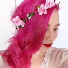 Get manic panic Amplified Hot Hot Pink (which also glows in the dark). Do this beginning of May for EDC
