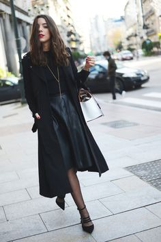 fashion-clue:  the-streetstyle:  Tricolor bagviathefashionthroughmyeyes  www.fashionclue.net | Fashion Tumblr, Street Wear & Outfits