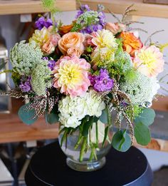 Plan now to be surrounded by blooms this weekend! Like, say, a swoon-worthy pastel arrangement! Order for delivery: https://lillabello.com/florals/?utm_content=buffer5e5be&utm_medium=social&utm_source=pinterest.com&utm_campaign=buffer