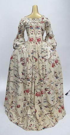 1760s Robe à la Française (back)