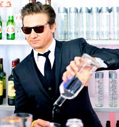 """""""Hot Guy"""" Jeremy Renner tending bar!"""