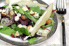 Pear and Blue Cheese Salad by phamfatale #Salad #Pear #phamfatale
