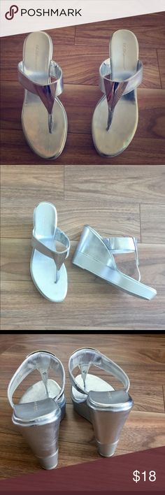 🎈🎈SALE 🎈🎈BCBG wedge sandals Comfortable silver wedges, only worn once ( I was gifted a similar pair so these were extra). Height: 4 inches. BCBG Shoes Wedges