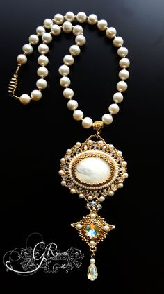 Pearl necklace by LiaReed on Etsy