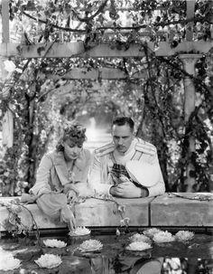 """Greta Garbo  Fredric March in """"Anna Karenina""""1935"""
