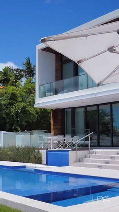 Interactive Architecture, Landscape Architecture, Condo Design, Modern House Design, Beach Mansion, Beach House, Landscaping Design, Front Yard Landscaping, Modern Mansion