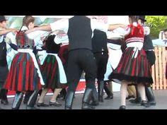 Traditional Hungarian music and dance Táncolkodó - Felcsíki mulatságok Hungarian Dance, Hungarian Girls, Hungarian Food, Popular Costumes, Folk Clothing, Shall We Dance, Folk Dance, Irish Celtic, Folk Music