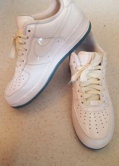 A vendre sur #vintedfrance ! http://www.vinted.fr/chaussures-femmes/baskets/20845148-nike-air-force-1-low