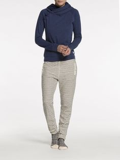 "Nyx says: this whole outfit screams ""ME!!""  - Home Alone Sweater 