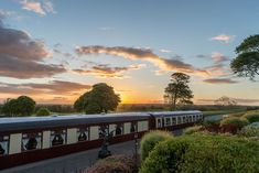 Enjoy the most unique dining experience in Galway at Pullman Restaurant. Step back in time and dine aboard the Orient Express at Glenlo Abbey Hotel. Restaurant Offers, Hotel Breaks, Ireland Holiday, Unusual Hotels, Country House Hotels, Unique Restaurants, Romantic Night, Orient Express, Gourmet