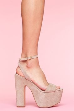 Love these shoes. Too bad size 7 is sold out;[