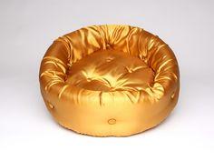 MODELLO GOLD YELLOW (M):  Cucce di lusso per gatti e cani di piccola e media taglia; Luxury Pet Beds di LeCicce su Etsy