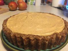 Raw Vegan Key Lime Pie Vegan Key Lime Pie, Raw Vegan, Vegan Recipes, Desserts, Food, Tailgate Desserts, Dessert, Postres, Deserts