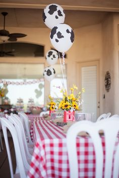 Cowboy + Cowgirl Themed Joint Birthday Party {Ideas, Decor, Planning}