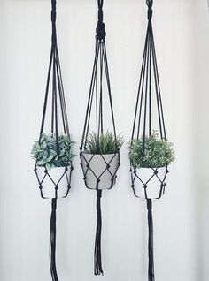 Show your plants some love with this modern macrame plant hanger. Hand-crafted in Morocco, this plant hanger will brightening up any corner of your living space. Macrame Hanging Planter, Macrame Plant Holder, Hanging Planters, Modern Macrame, Modern Boho, Pot Hanger, Decoration Plante, Macrame Projects, Flower Pots