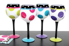 One Polka Dot Hand Painted Wine Glass Diy Wine Glasses, Decorated Wine Glasses, Hand Painted Wine Glasses, Decorated Bottles, Painted Bottles, Wine Glass Crafts, Wine Bottle Crafts, Wine Bottles, Wine Goblets