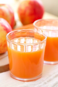 Skin Smoothing Carrot Apple Ginger Juice | Get Inspired Everyday!