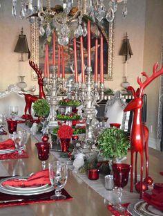 décoration de table Noël rouge argent touches verdure #Noël #christmastable #christmas #christmasideas #christmasdecoration