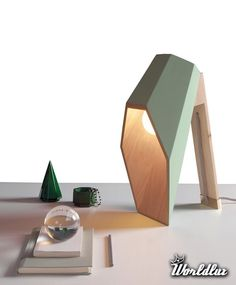 architektoniczna lampka biurowa