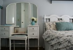 Chalk Paint, Home Furnishings, Delicate, Cozy, Facebook, Bed, Table, Furniture, Home Decor