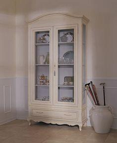 Restaura un armario antiguo y dale un nuevo uso for Muebles baena