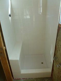 tiny shower 24 x30 with tiled bench( 24x24 shower pan)
