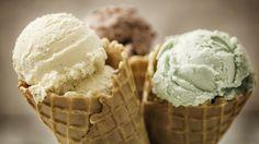 Homemade vanilla, chocolate and pistachio ice cream in a cone Ice Cream Man, Love Ice Cream, Best Ice Cream, Ice Cream Seller, Elegante Desserts, Pistachio Ice Cream, Dairy Free Ice Cream, Ice Cream Photos, Homemade Vanilla