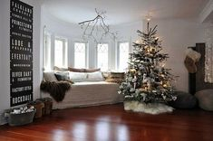 Modern Christmas Home Decorating - www.freshinterior.me