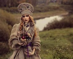 Вспоминая осень 😍 .первый  командный опыт #work  Mua / Style @nelliatrapeznikova Accessories @fokina.t designer @ladykanatali flowers @vkusbuket35 Model @kotova.a.e #photoshoots #amazing #fashion #bohostyles #creativ #biutiful #style #colormakeup #russiagirl #boho #креатив #бохостиль #ethno #вологда  #красотапорусски #этнообраз #макияжввологде  #сьемкаврусскомстиле  #визажисттрапеникованелля  #фотосьемкаввологде  #образдляфотосессии