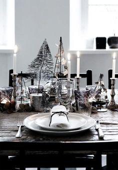 Nunca me ha gustado la tradicional y recargadadecoración de Navidad en verde y rojo, así que la sencillez del estilo nórdico que tan de moda está últimamente representa un alternativa perfecta para decorar mi casa durante estas fiestas.   El blanco y las piezas naturales como ramas, piñas o madera son los elementos clave […]