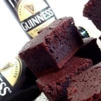 Imagen de la receta: Brownies de cerveza negra Guinness con chocolate