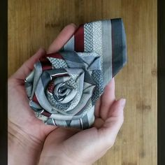 Spoil your mother with an upcycled tie rose brooch from Desert Pearl Designs. These can be pinned onto shirts, jackets, purses, headbands, and any other fabric item. Tie Crafts, Fabric Crafts, Estilo Fashion, Diy Fashion, Upcycled Textiles, Old Ties, Memory Pillows, Pearl Design, Diy Clothing
