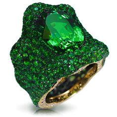 Fabergé Savoyarde Verte Ring #HighJewellery #Extraordinary #HighJewelry
