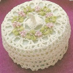 Crochet box with diahram