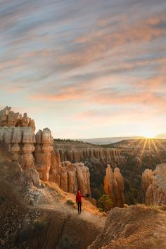 Most beautiful places to visit Bryce National Park, National Parks, Nationalparks Usa, World Pictures, Bryce Canyon, Grand Canyon, Road Trip Usa, Usa Roadtrip, Beautiful Places To Visit