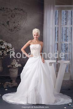 Robe de mariée A-ligne décoration perlée corset arrière en satin et organza à traîne palais € 199.99