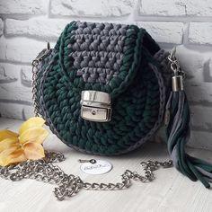 16 отметок «Нравится», 5 комментариев — Сумки, рюкзаки, корзинки (@evesoul_knit) в Instagram: «Ломаете голову, что же подарить подруге на ДР? А вот @vika_chernikina уже знает.…»