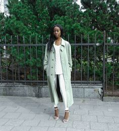 via LookBook Fall Winter Spring Summer, Long Trench Coat, Autumn Street Style, Duster Coat, Summer Outfits, Glamour, Style Inspiration, Boho, My Style