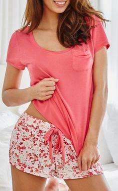 90ed3eb0f4 Elizabeth Pink Floral Sleepwear Set. Rosita Navarro · pijamas