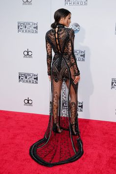 American Music Awards 2015: Ciara in Reem Acra
