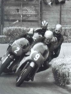 4 Legends — Giacomo Agostini, Dave Hailwood, Mike Hailwood, Phil Read MBE, & Renzo Pasolini.