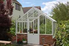 #greenhouse #gardening #traditionalhome #plants #growing #gadenlandscape #landscapearchitecture