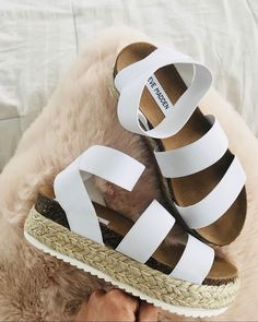 Picked out some of my favorite espadrilles today! I love these and they come… - zapatos de mujer Sock Shoes, Cute Shoes, Me Too Shoes, Espadrilles, Espadrille Sandals, Shoe Closet, Summer Shoes, Summer Sandals, Mode Inspiration