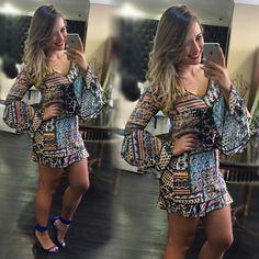 Olha que vestido lindo,  com manga sino, que trouxemos para você .  Você já  preparou o seu look para o seu final de semana?  Não!?!?  Então  corra para Santóllo Modas a loja que faz a cabeça  das Mulheres inteligente. www.santollo.com.br  WhatsApp : (34) 8811-2985  Comercial : (34) 3316-6586  :Rua : Juca Marinho 15 Uberaba-MG  #moda #model #Love #vestidos #dress #trend #tendência #styles #ootd #chic #fall #winter #outono #inverno #repost #unica #likes #follow4follow #follown #bloggers…