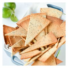 Low Carb Tortillas Chips, quick and easy baked keto chips with only 5 ingredients. Those are life changing chips made of almond meal and chia seeds and only net carb per chips. Lowest Carb Bread Recipe, Low Carb Bread, Low Carb Keto, Low Carb Recipes, Cooking Recipes, Healthy Recipes, Keto Fat, Quick Recipes, Vegetarian Recipes
