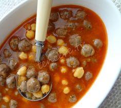 Nohutlu Sulu Köfte Tarifi - Kırmızı Et Yemekleri