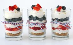 Mini Cheesecake Trifle: This fluffy, no-bake cheesecake dessert is simple to prepare, and is delicious accompanied by fresh berries. This fluffy, no-bake cheesecake dessert is simple to prepare, and is delicious accompanied by fresh berries. Mini Desserts, 4th Of July Desserts, Summer Desserts, Just Desserts, Dessert Recipes, Rice Recipes, Blue Desserts, Layered Desserts, Party Recipes