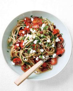 Linguine with Tapenade, Tomatoes, and Arugula