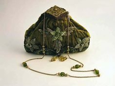 Green Beaded Evening Bags - Bing Images                                                                                                                                                                                 More